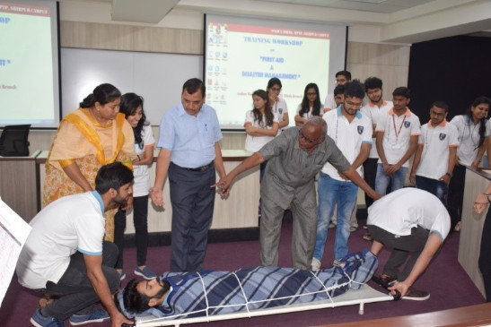 disaster-management-and-first-aid-training-9
